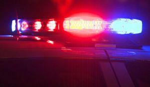 Automobil se zakucao u šleper na auto-putu Beograd-Novi Sad, vozač poginuo
