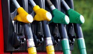 SAD: Pojeftinio benzin, ali očekuje se poskupljenje