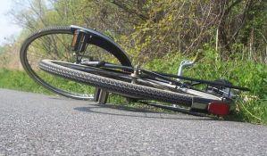 Biciklista pao u Vojvode Bojovića, polomio ključnu kost