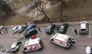 FOTO: Troje teško povređeno u sudaru na Sajmištu