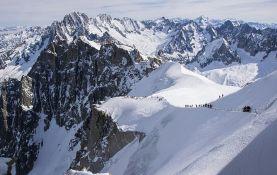Dečak pao sa litice u Alpima i poginuo