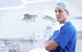 Lekari upozoreni da ne grle pacijente da ne bi bili tuženi