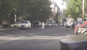 VIDEO: Robot utekao naučnicima i ometao saobraćaj