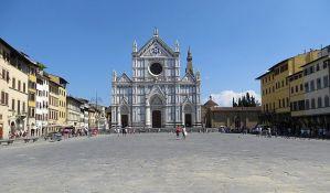 Komad mermera sa crkve usmrtio turistu u Firenci