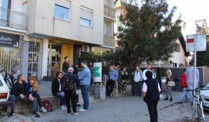 Novosadska policija pomaže u mirnom rešavanju slučaja porodice Jakšić