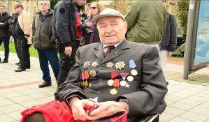 FOTO: Ko je usamljeni heroj sa vojne parade?