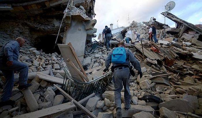 FOTO, VIDEO: U zemljotresu u Italiji poginulo najmanje 120 ljudi