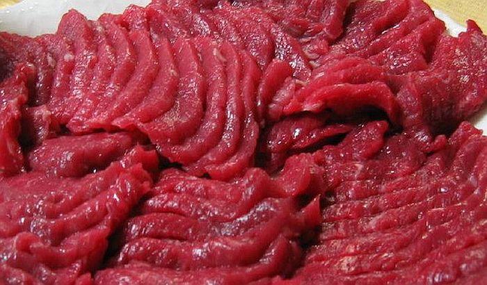 Svinjsko meso poskupelo za 120, pa pojeftinilo za 10 dinara