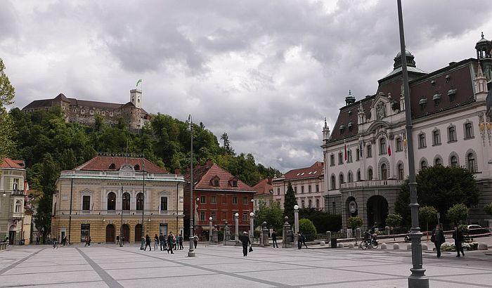 Štrajk 40.000 prosvetara u Sloveniji, ne rade škole i vrtići