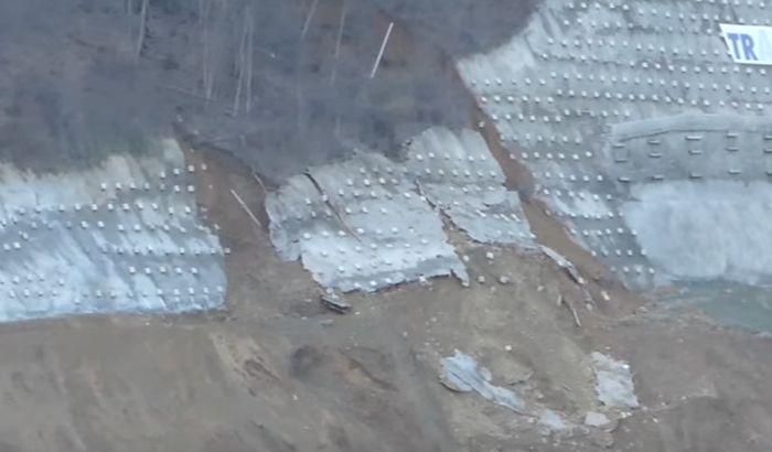VIDEO: Srušio se potporni zid na budućem autoputu u Grdeličkoj klisuri