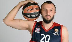 Duško Savanović se penzionisao u 33. godini