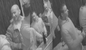 FOTO: Policija traga za lopovima koji su opljačkali lokal u centru Novog Sada
