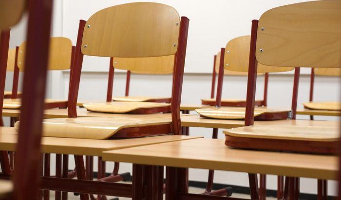 Smenjeni direktor škole najavljuje tužbu: Samo je važan dres