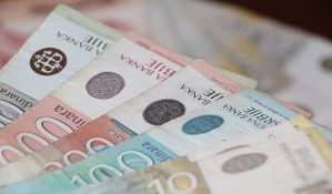 Evro u ponedeljak 118,54 dinara