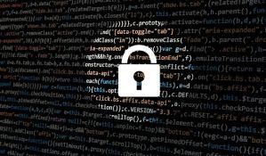 Hakovani korisnički nalozi u britanskom parlamentu, meta mejlovi poslanika