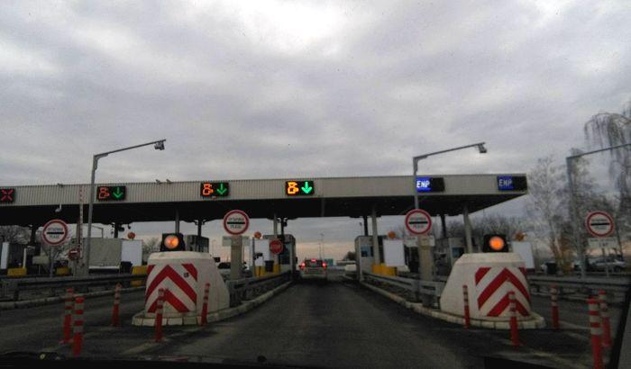Pojačan saobraćaj na putevima, od večeras radovi kod skretanja za Novi Sad