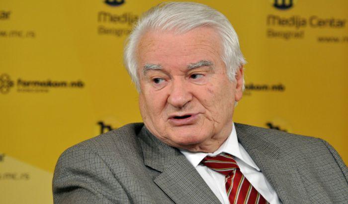 Mićunović: Sve manje šanse da stare figure na političkoj sceni sprovedu obrt