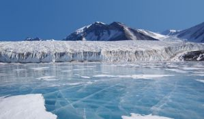 Arktik godišnje gubi led površine Srbije