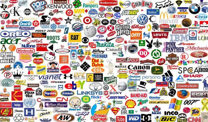 Sve više ljudi ne želi logo na odeći