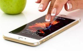 Prvi put od 2007. pad prodaje pametnih telefona