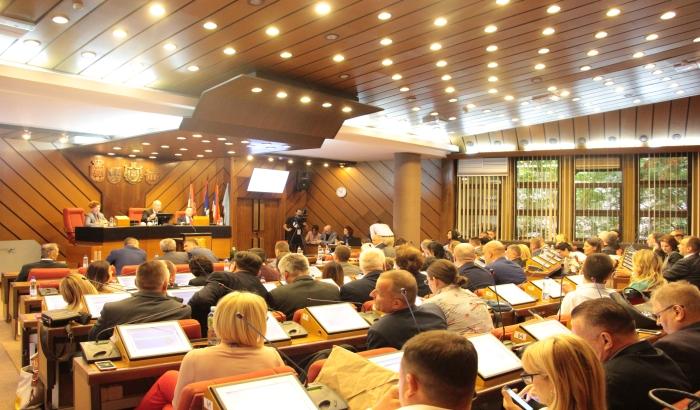 Novi Sad prošlu godinu završio sa 6,6 milijardi suficita u budžetu