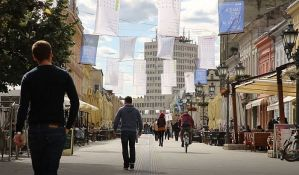 Povećanje plata i penzija uvod u vanredne izbore i rešavanje kosovskog pitanja