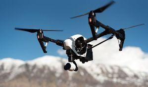 Autonomni dronovi bi mogli da sprečavaju sudare aviona i ptica