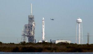 VIDEO: Istorijski podvig - uspešno lansirana raketa Falcon 9 sa smrtonosnim bakterijama