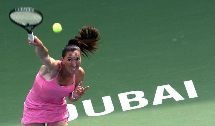 Jelena Janković eliminisana na startu turnira u Dubaiju