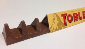 FOTO: Čuvene Toblerone menjaju izgled