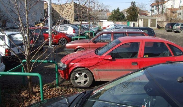 Od danas jeftinije parkiranje