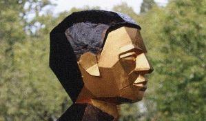 Nepoznato kada će biti postavljen spomenik Momčilu Tapavici