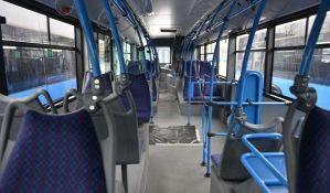 Autobus zakačio kola Hitne pomoći kod Merkatora, vozač kucao poruku tokom vožnje