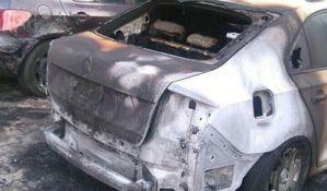 Rebić: Uhapšena osoba koja je palila automobile u Novom Sadu