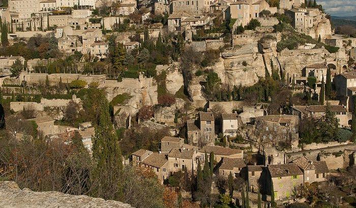 Italijansko selo povuklo ponudu za naseljenje zbog ogromnog interesovanja