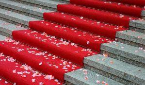 Za postavljanje crvenog tepiha na Oskarima potrebno čak 900 sati