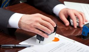 Sudbina predsedničkih kandidata u rukama notara