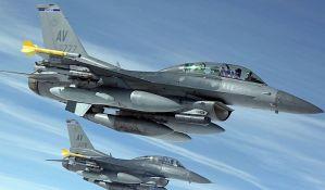 Savet pilotima da čiste prozore zbog čestih sudara