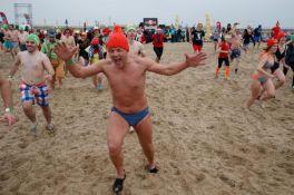 Hiljade ljudi učestvovalo u januarskom kupanju u moru u Belgiji
