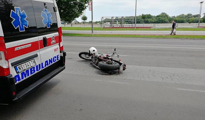 FOTO: Povređeni motociklisti na Keju i Tekijama u razmaku od sat vremena