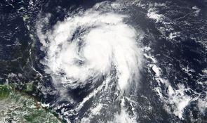 Uragan Marija pogodio Martinik, 33.000 domova bez struje