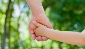 Stvari koje će deca uvek pamtiti o roditeljima