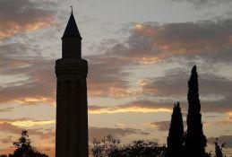 Porušena jedna od najstarijih džamija u Novom Pazaru