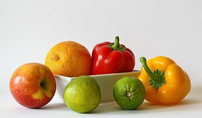 Novi pravilnik o ishrani učenika propisuje zdrave i nepreporučljive namirnice