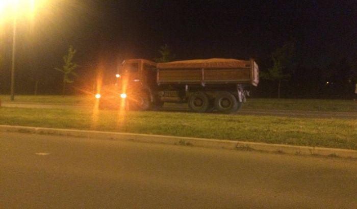 Sudar kamiona i opela na Bulevaru Evrope