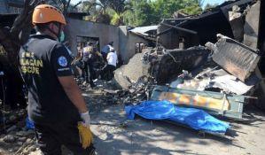 Avion pao na kuću na Filipinima, deset žrtava
