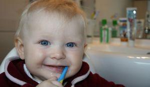 Svaka treća beba u Srbiji ima kvarne zube