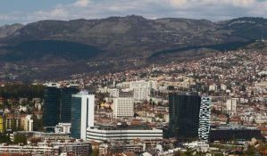 VIDEO: Devojka savladala lopova u sarajevskom tramvaju