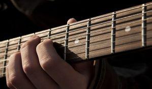 Gitarista Lindzi Bakingem tuži Fleetwood Mac