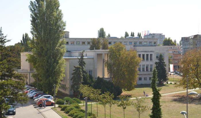 Usvojena odluka o Danu Vojvodine; LSV: Izbacivanje antifašizma iz istorije
